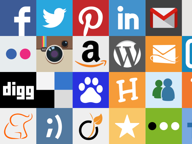 Social Media Sharing Buttons in php